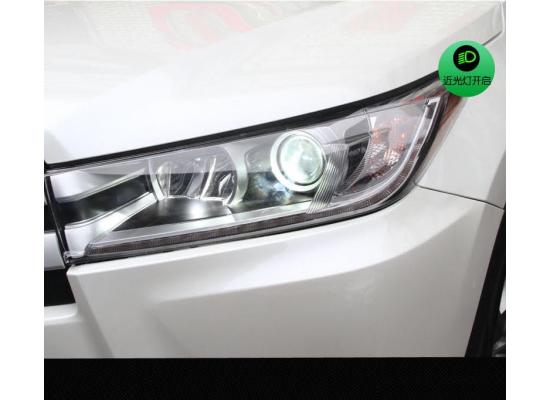 Фары для Toyota Highlander 3 Рестайлинг 2016+ Вариант 1 (фото)