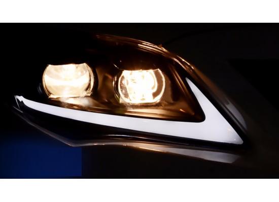 Фары для Toyota Corolla X 2010-13. Вариант 2 (фото)