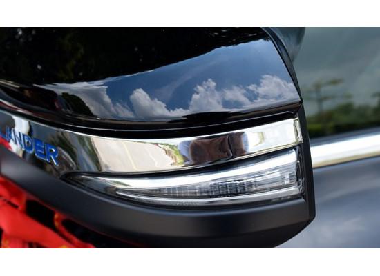 Хромированные накладки на зеркала для Toyota Highlander 3 2013-по н.в.