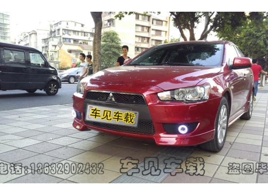 Противотуманные фары с ангельскими глазками для Mitsubishi Lancer X 07-10 (фото)