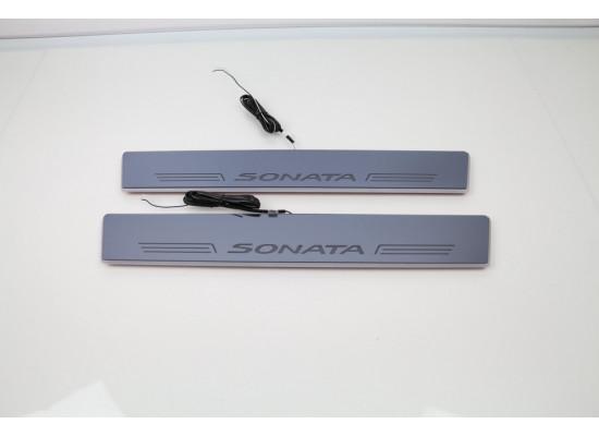 Накладки на пороги LED для Hyundai Sonata (фото)