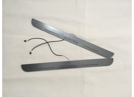 Накладки на пороги LED для Nissan Sentra