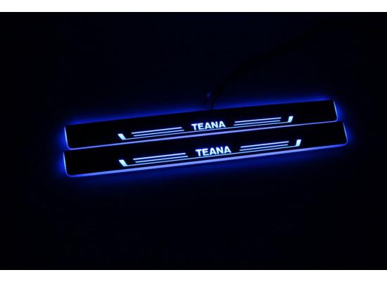 Накладки на пороги LED для Nissan Teana (фото)