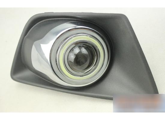 Линзованные противотуманные фары с ангельскими глазками для Ford Ecosport (фото)