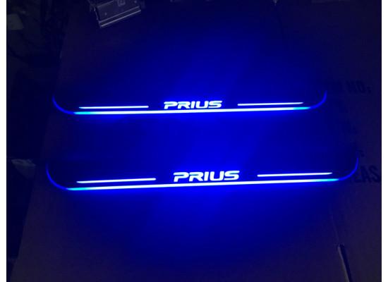 Накладки на пороги LED для Toyota Prius (фото)