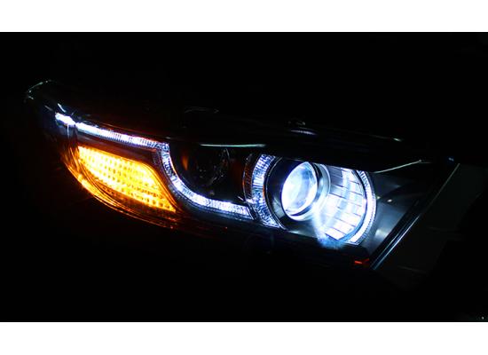 Фары для Toyota Highlander 2010-13 в стиле Range Rover