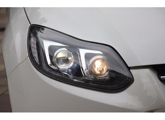Фары для Ford Focus 3 2011-15 дорестайлинг. Вариант 11 (фото)