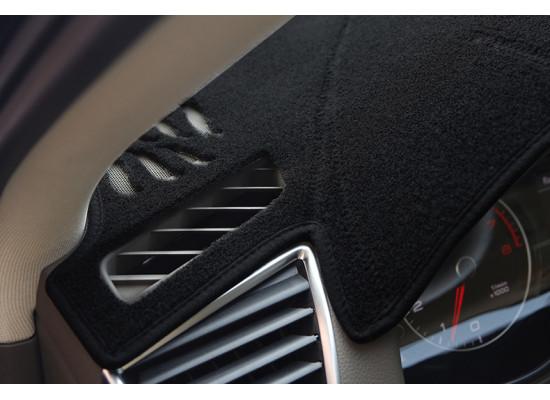 Коврик на приборную панель для Audi Q5 1 Рестайлинг 2012-17