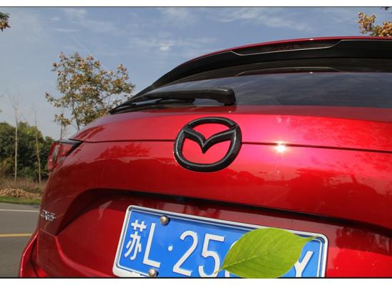 Карбоновые эмблемы для Mazda CX-5 2017-н.в. (фото)