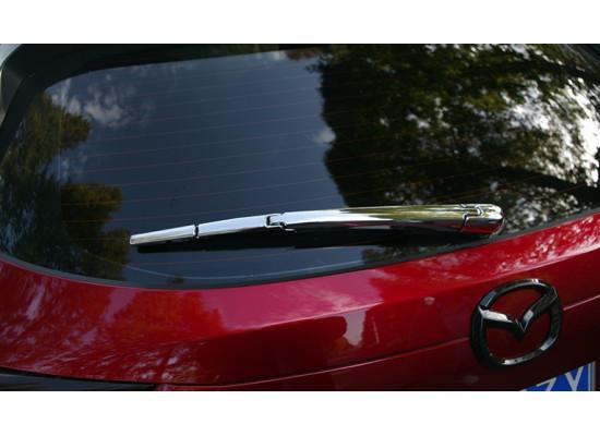 Хромированная накладка на заднюю щетку для Mazda CX-5 2017-н.в. (фото)