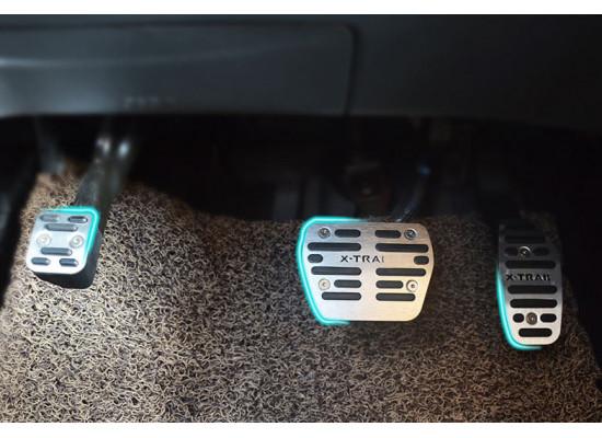 Накладки на педали для Nissan X-Trail 3 Рестайлинг 2017-н.в