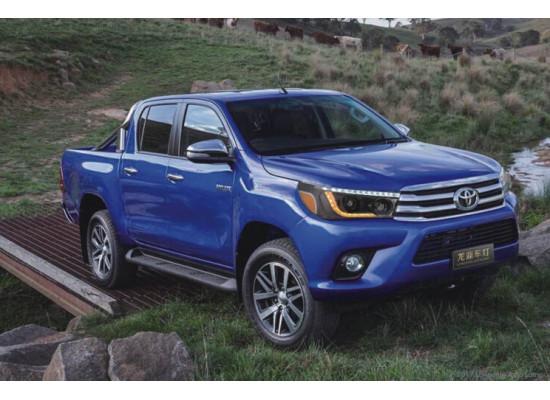 Фары для Toyota Hilux 2015-н.в (фото)