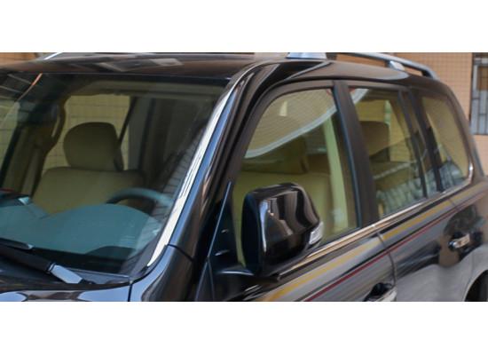 Хромированные накладки на лобовое стекло для Toyota Land Cruiser 200 Рестайлинг 1 2012-2015 (фото)